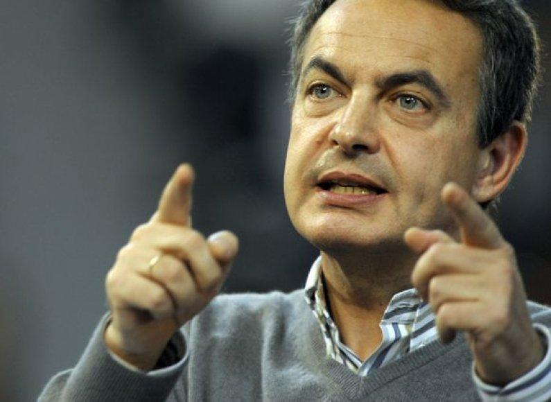 Premjero Jose Luiso Rodriguezo Zapatero socialistai viliasi likti Galisijos valdančiojoje koalicijoje ir pasiekti istorinę pergalę Baskijoje.