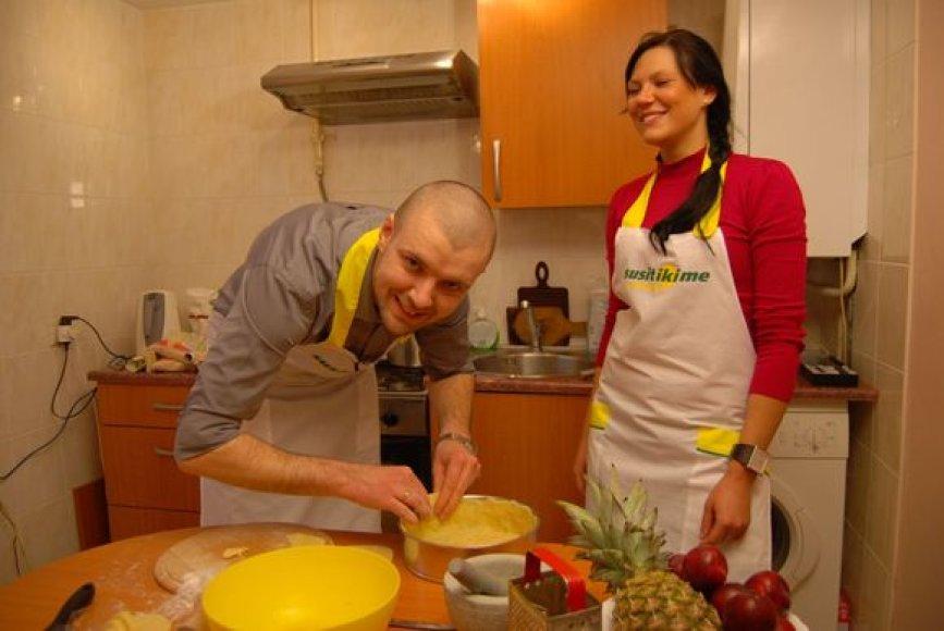 Virėjo Lino kulinarinis pokštas – žirniai citrinų pyrage.