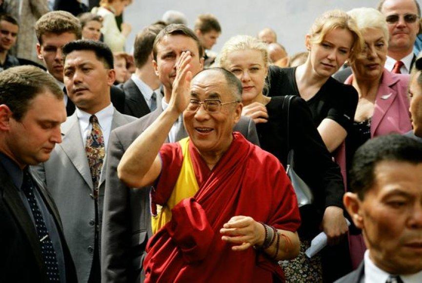 Dalai Lama pirmadienį atvyko į Prancūziją