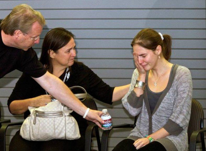 Amanda Knox su savo tėvais.