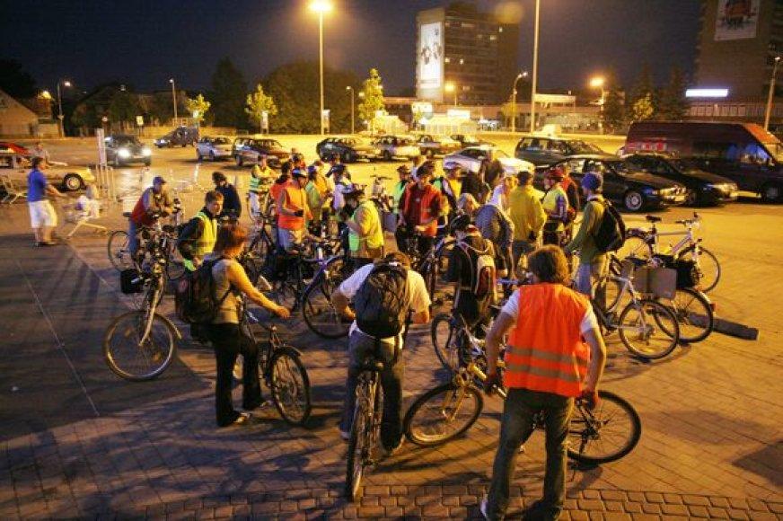Kauno dviratininkai organizuoja įvairias akcijas, prie kurių kviečia prisijungti visus norinčius.