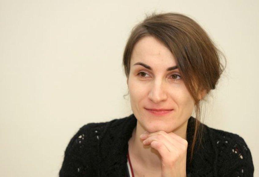 Dailininkės Sigutės Chlebinskaitės sumanytos kūrybinės dirbtuvėse Knygų mugėje veikia nuo 2001 metų.