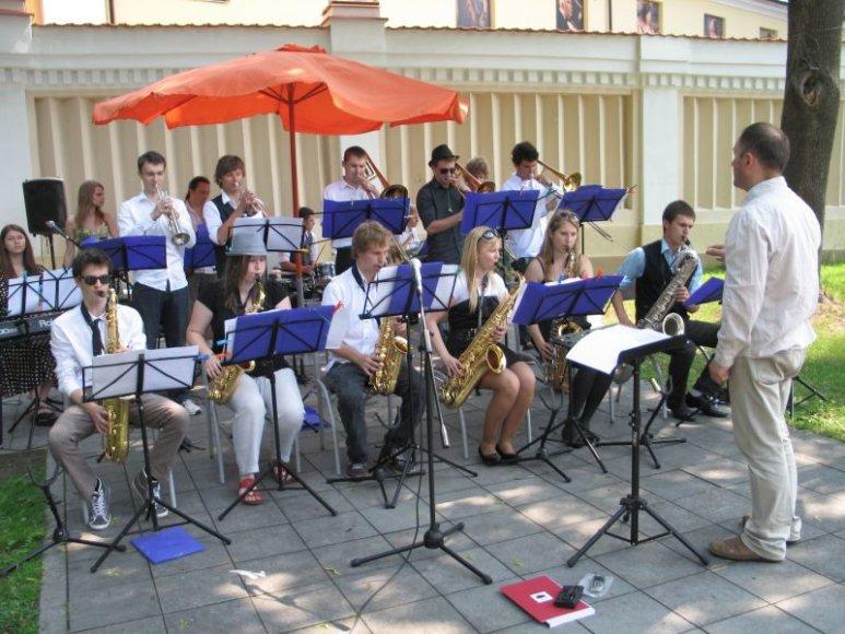 Vilniaus Karoliniškių muzikos mokyklos bigbendas