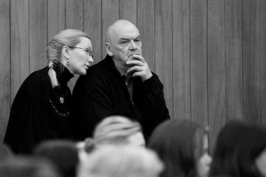 Režisierius Eimuntas Nekrošius ir režisieriaus asistentė Jūratė Sodytė