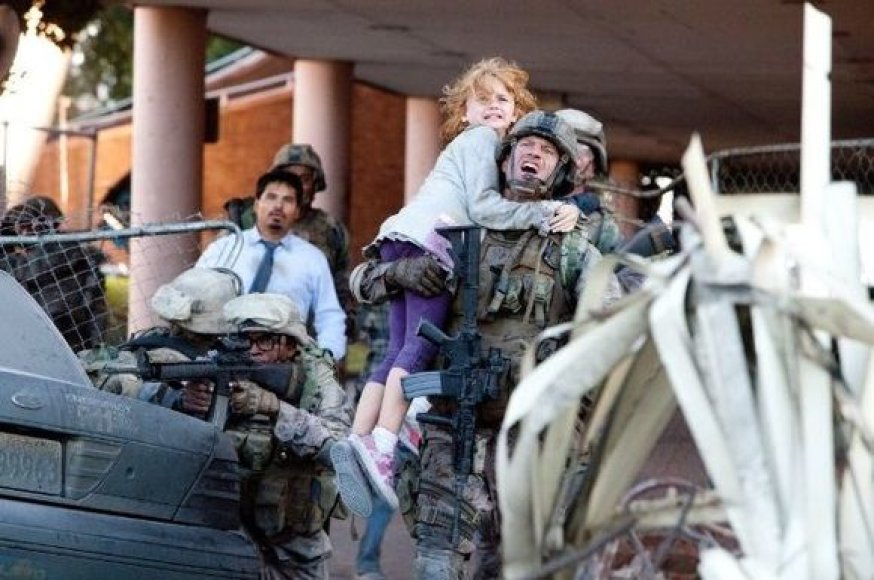 """Filmas """"Pasaulinė invazija: mūšis dėl Los Andželo"""""""
