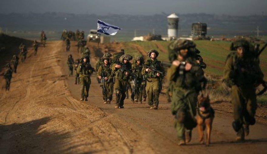 Ankstų sekmadienio rytą Izraelio kariai palieka Gazos ruožą.