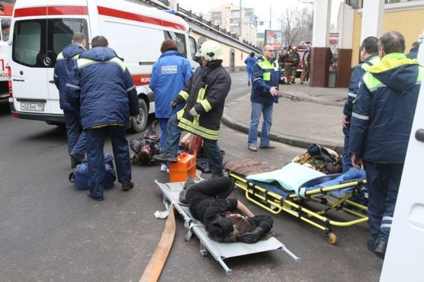 Per sprogimą sužeisti metro keleiviai