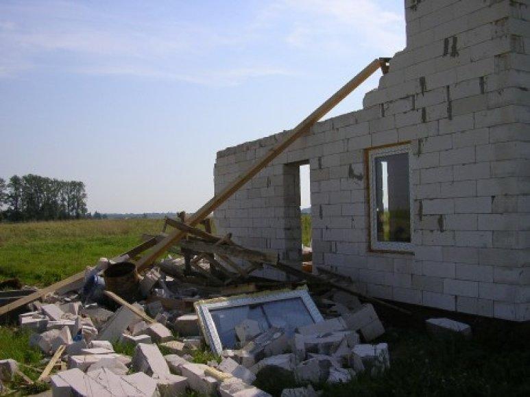Namo griuvėsiai