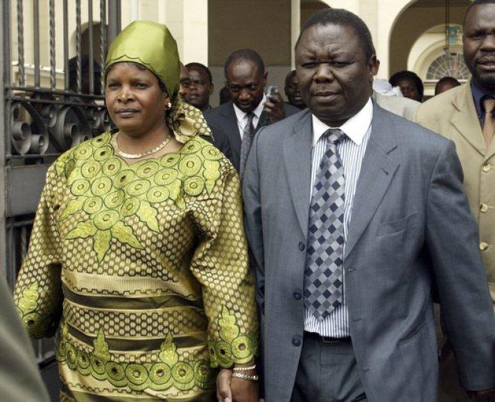 Zimbabvės premjeras M.Tsvangira su žmona Susana