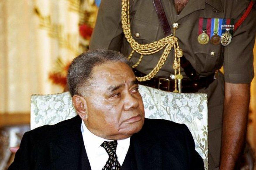 Fidžio prezidentas paleido vyriausybę.