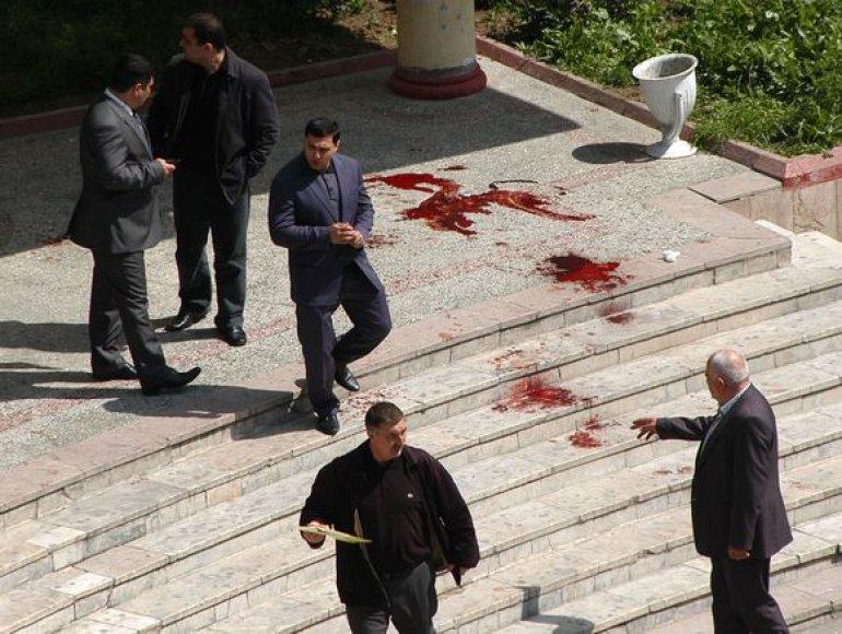 Azerbaidžane sostinės Baku Naftos akademijoje surengtas kruvinas išpuolis.