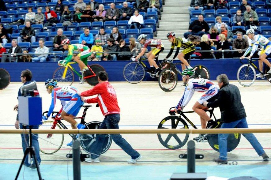 Simona Krupeckaitė, tapusi Europos dviračių treko čempionato moterų sprinto daugiakovės varžybų nugalėtoja, spalio 23–25 d. dalyvauja atvirame Lietuvos dviračių treko čempionate Panevėžyje.