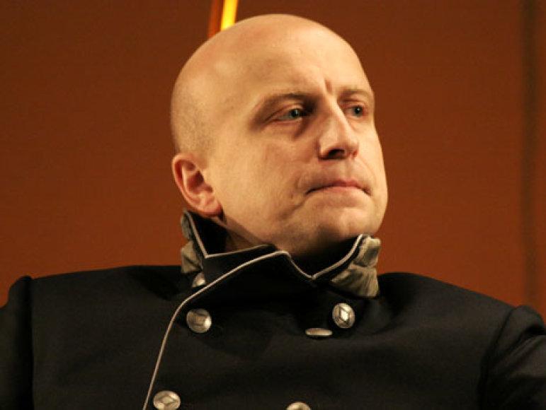 Aktorius R.Šimukauskas prisipažino mielai skaitantis ir prozą, ir poeziją.