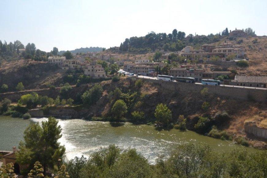 Toledas – miestas centrinėje Ispanijoje, įsikūręs prie Taguso upės ant kalvos.