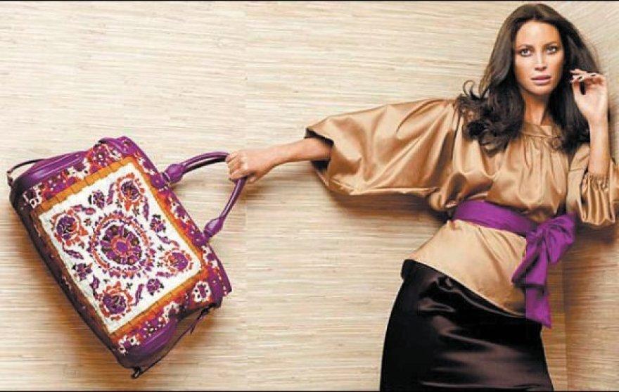 """""""Escados"""" drabužiai ir aksesuarai yra tapę gero tono ir elegancijos sinonimu."""