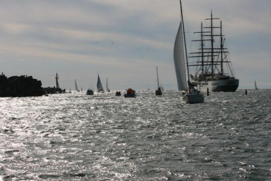 Laivai laukė jachtos