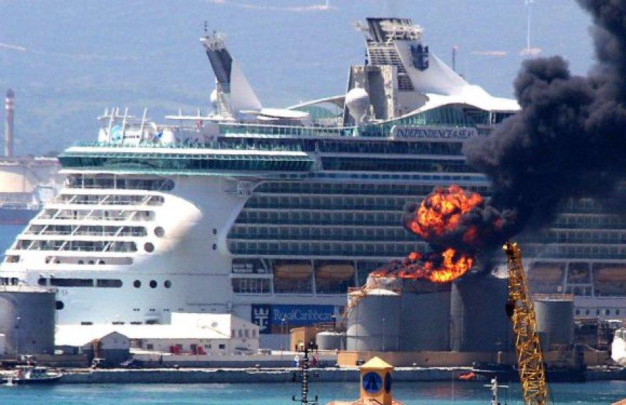 Gibraltare sprogo degalų saugykla