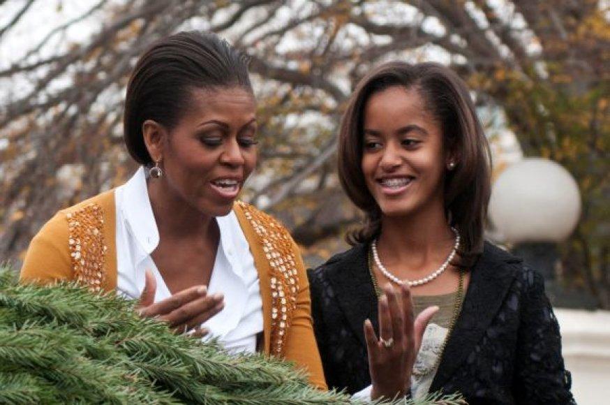 Kalėdų eglutė jau atkeliavo prie Baltųjų rūmų