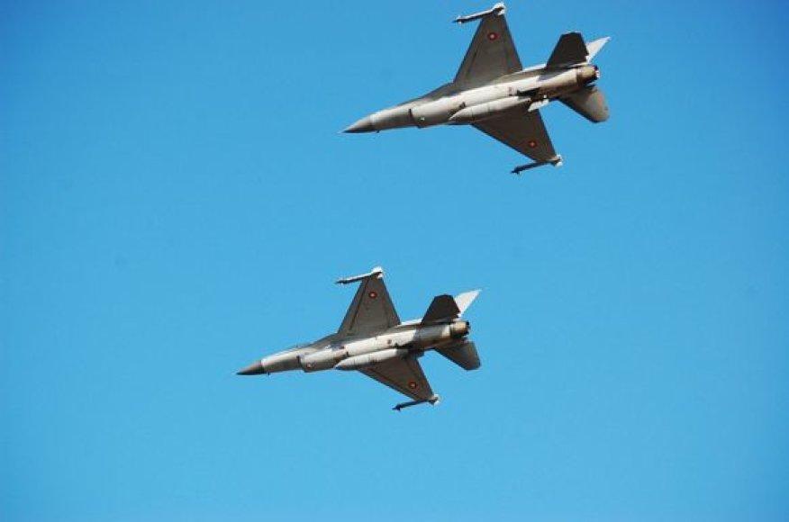 NATO oro misijos naikintuvai