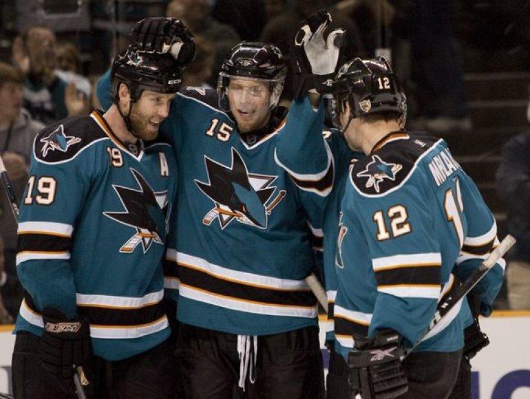 """""""Sharks"""" iškovojo ketvirtą pergalę iš eilės"""