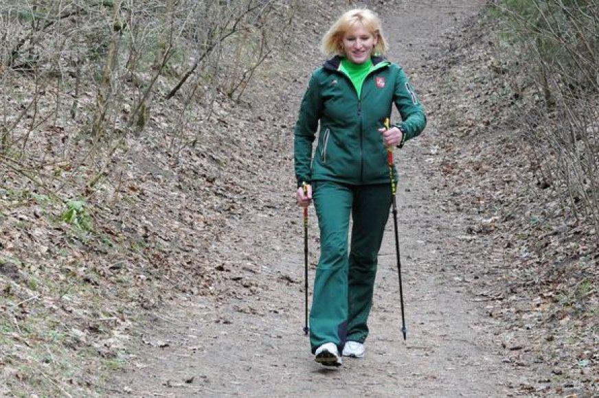 V.Vencienė pamėgo šiaurietišką vaikščiojimą