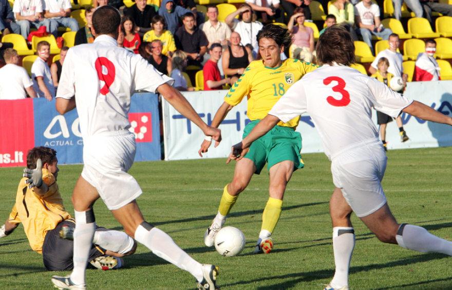 prieš penkerius metus draugiškose rungtynėse su Baltarusija pasižymėjęs D.Česnauskis šį kartą vėl bus Lietuvos rinktinės sudėtyje.