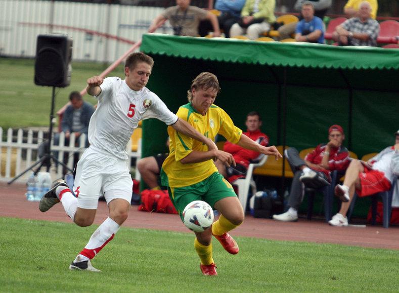 Akimirka iš praėjusių metų turnyro dvikovos tarp Lietuvos ir Baltarusijos U-17 rinktinių