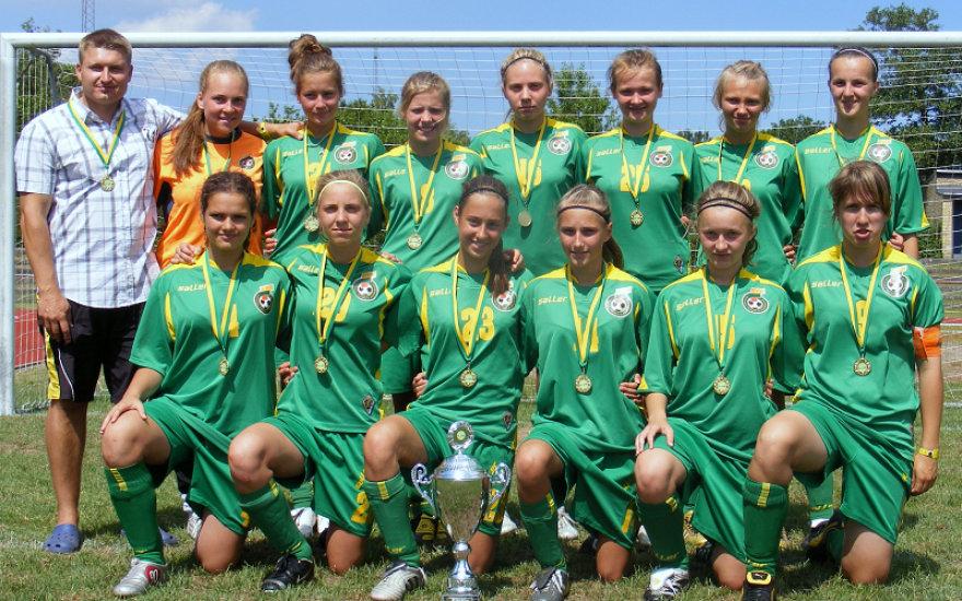 U17-merginosMerginų U-17 rinktinė po laimėto draugiško turnyro Danijoje