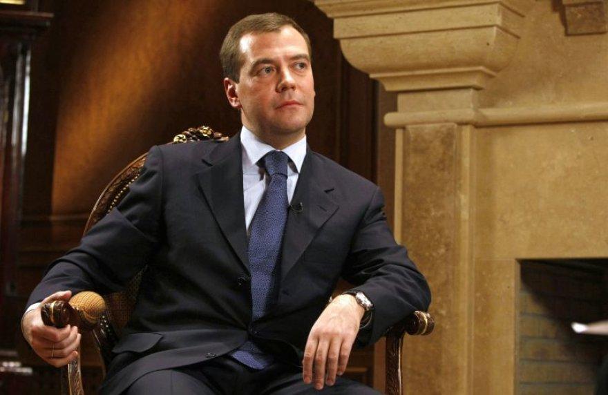 Ką slepia D.Medvedevas?