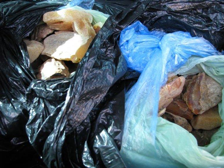 Iš Rusijos atplukdyta gintaro kontrabanda