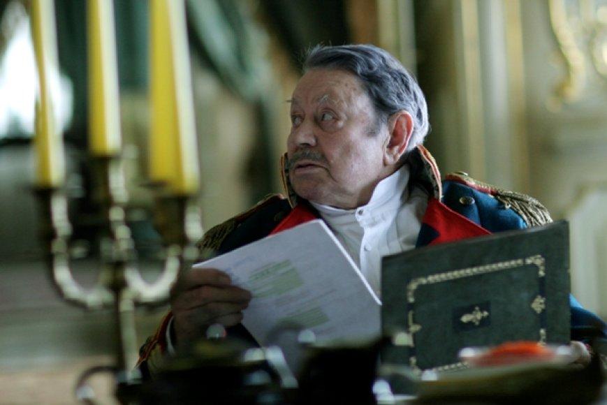 """Filme """"Tadas Blinda. Pradžia"""" vaidmenį sukurs ir legendinis Donatas Banionis."""