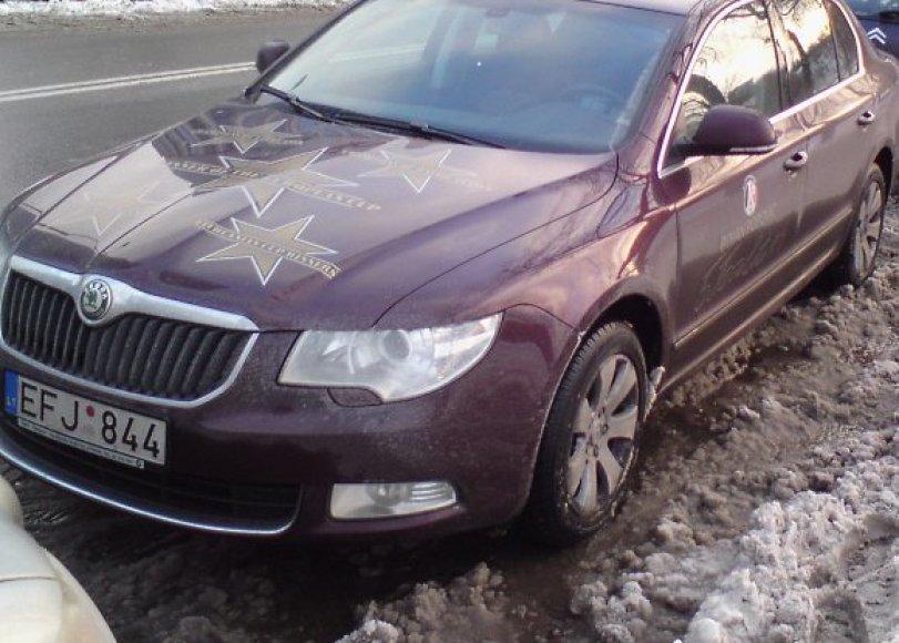 B.Popovičiaus tarnybinis automobilis