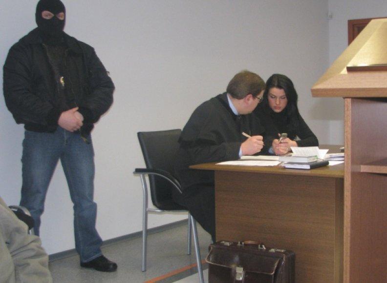 L.Stankūnaitė su advokatu teisme