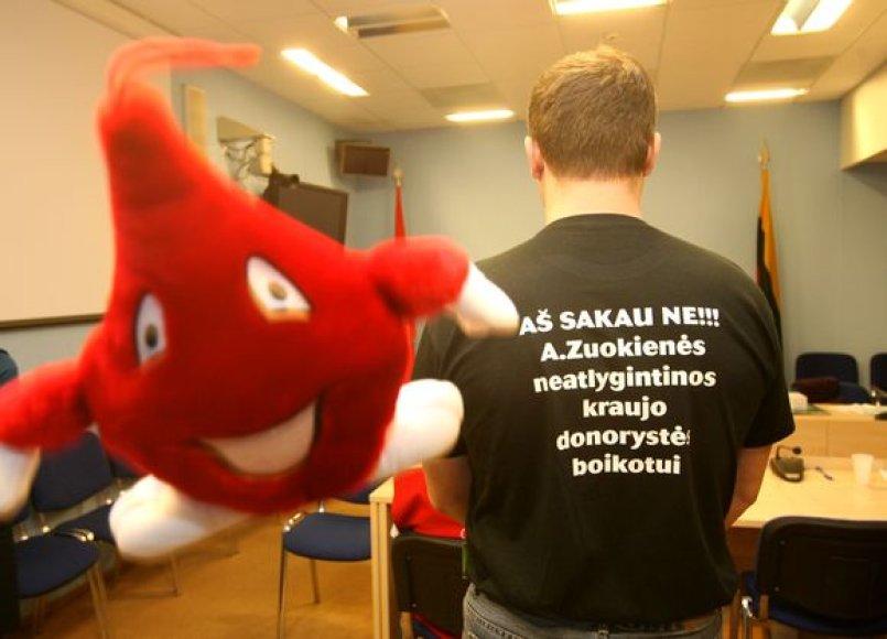 Parlamentarei - kraujo donorų atkirtis