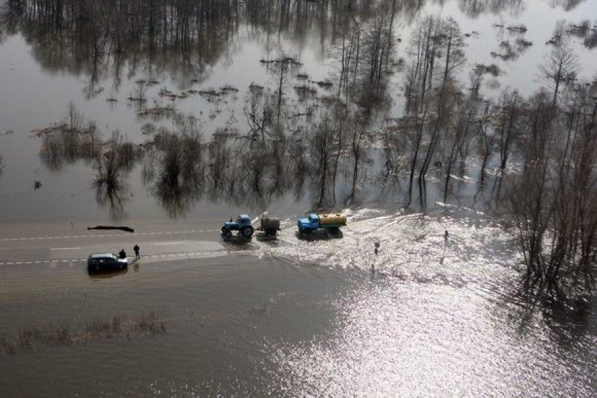 Potvynio užlietos teritorijos – iš sraigtasparnio