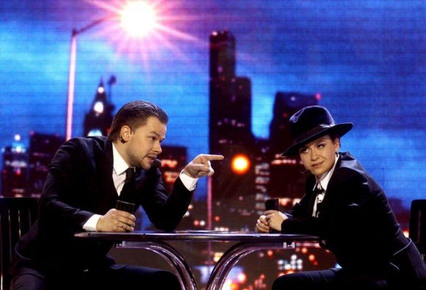"""Dainų šou """"Žvaigždžių duetai"""" dalyviai atliko dainas iš žinomų filmų."""