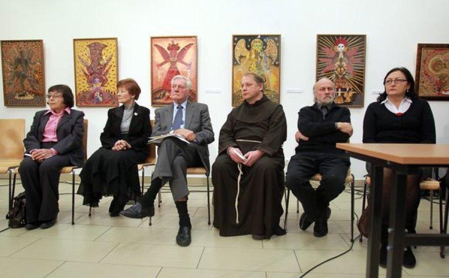 """Jurgos Ivanauskaitės parodos """"Jurga Ivanauskaitė (1961-2007). Sankryžos"""" ir knygos """"Angelo rūbas"""" pristatymas."""