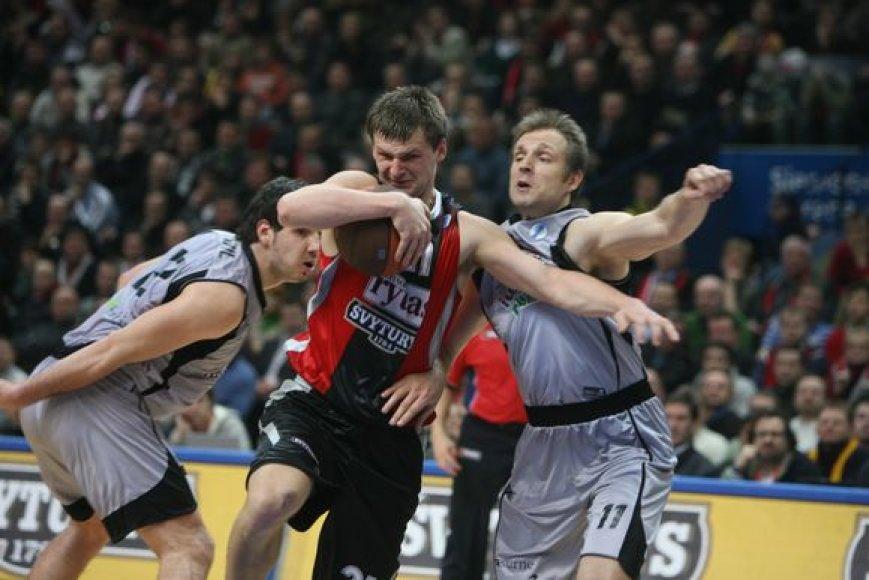 """Antrosios Europos taurės Top-16 etapo rungtynės: Vilniaus """"Lietuvos rytas"""" - Bilbao """"iurbentia"""" (2008.02.03)"""