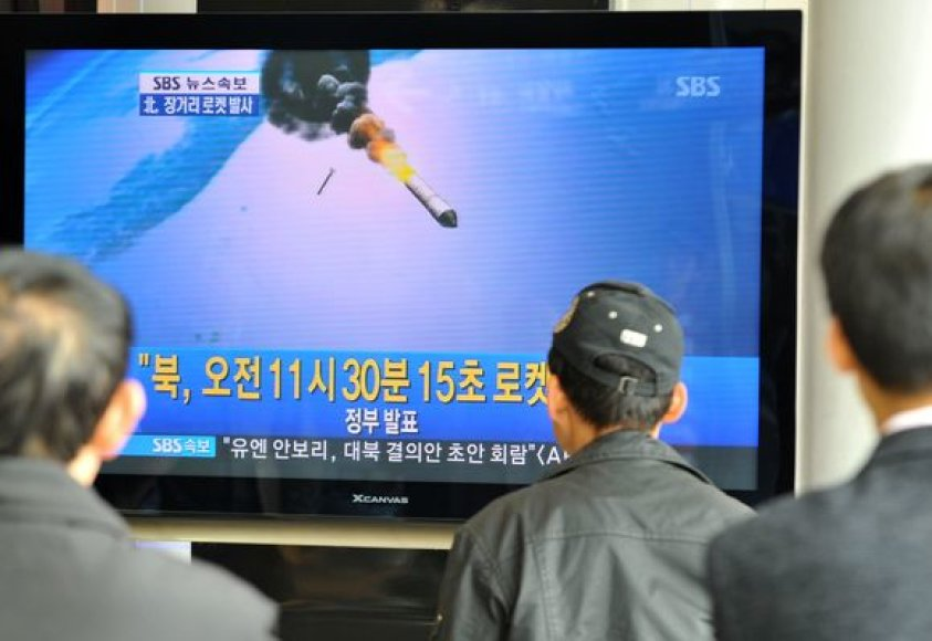 Paleisdama tolimojo susisiekimo raketą, Šiaurės Korėja ignoravo savo tarptautinius įsipareigojimus