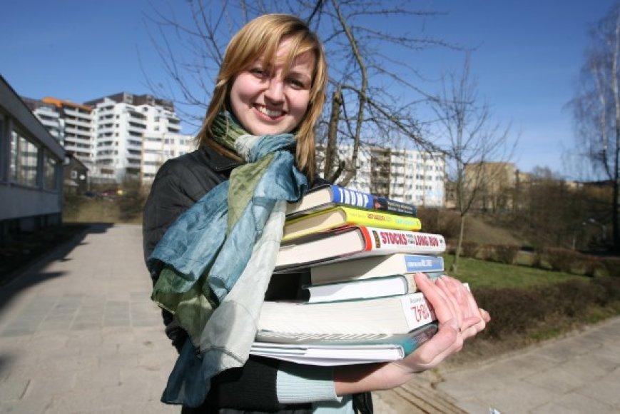 Vilniaus universitete studijuojanti Donata Banaitytė susiviliojo darbo užsienyje galimybę ir šią vasarą iškeliauja į JAV.