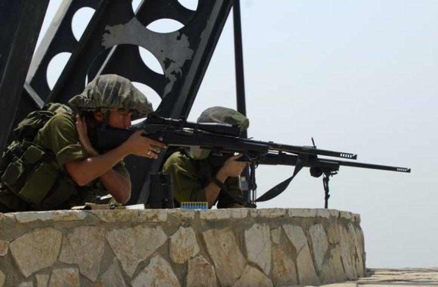 Izraelio kariai pasienyje