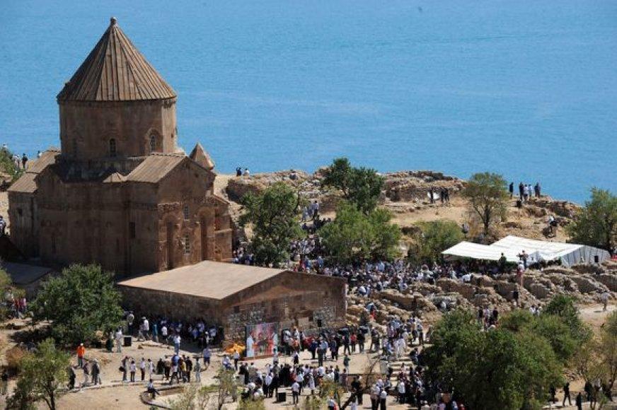 Armėnai aukojo istorines mišias Turkijoje