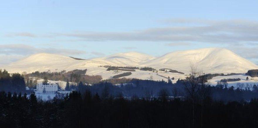 Kalnai Škotijoje