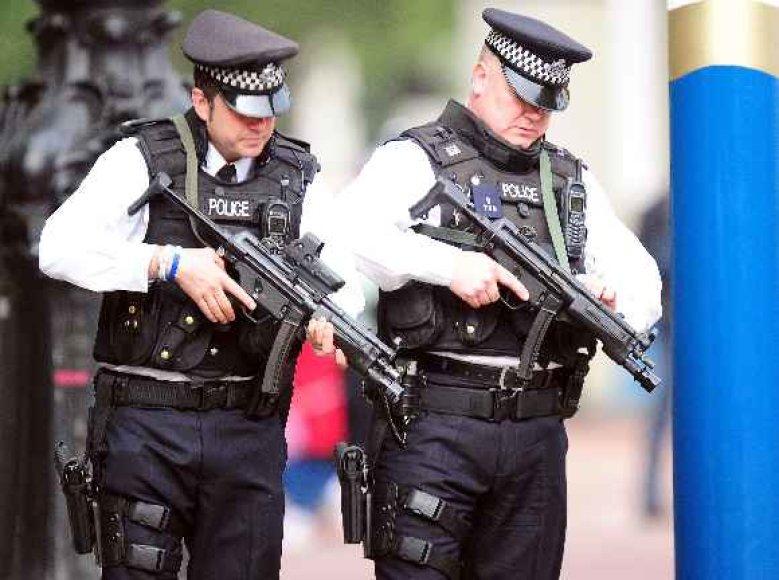Policija per karališkąsias vestuves