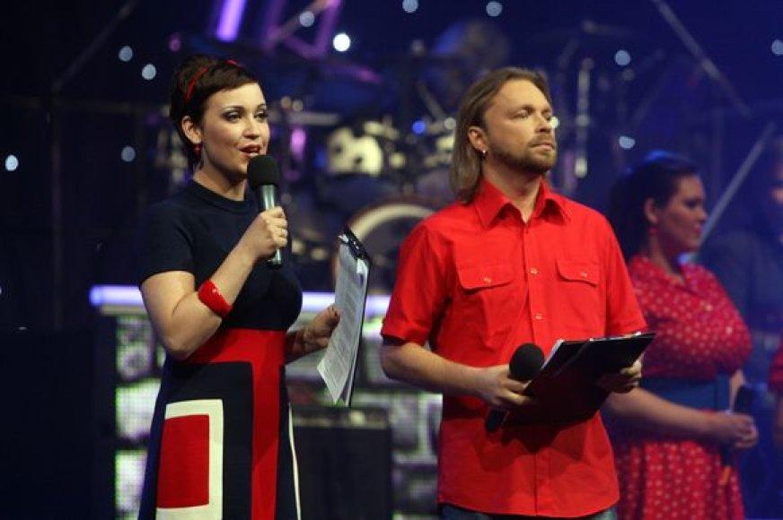Renginio vedėjai E.Kernagytė ir M.Starkus