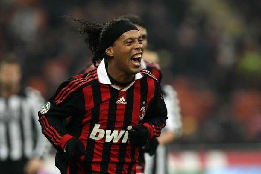 Ronaldinho pastaruoju metu demonstruoja puikią sportinę formą