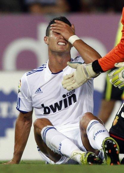 C.Ronaldo nežais apie tris savaites