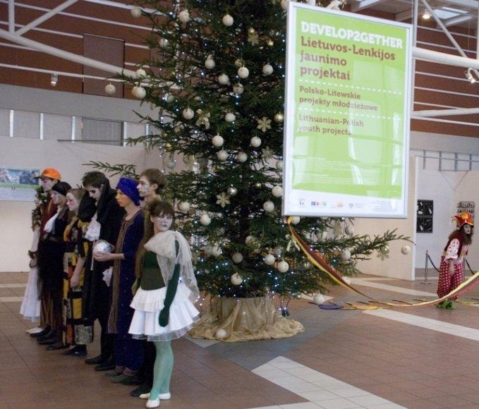 Lietuvos ir Lenkijos jaunimo mainų fondo parodos atidarymas.