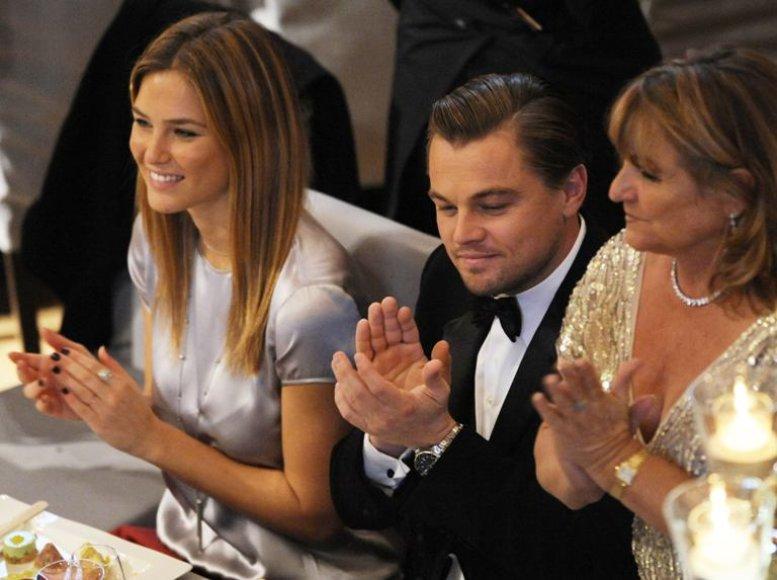 Bar Refaeli, Leonardo DiCaprio ir aktoriaus motina.