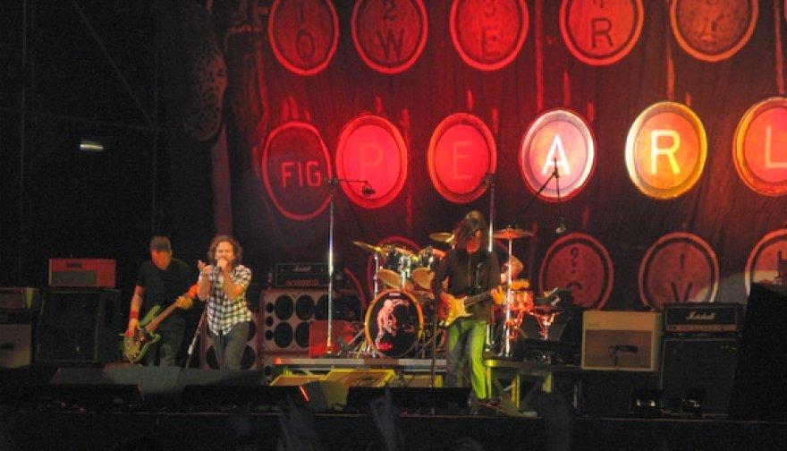 """Grupės """"Pearl Jam"""" pasirodymas"""